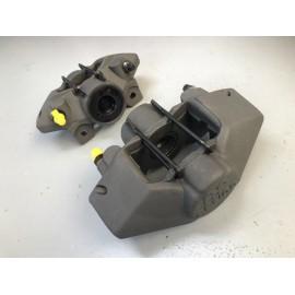 Jeu d'étriers de frein AR 2 pistons AP Racing 205 / 309 / 306 Gr.A